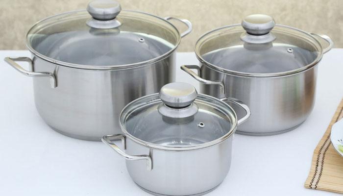 Nhiều loại dụng cụ nhà bếp được sản xuất từ inox 430